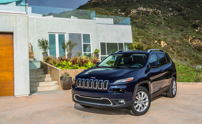 2014 jeep cherokee officially unveiled as liberty replacement. Cars Review. Best American Auto & Cars Review