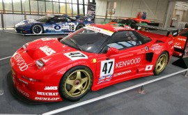 Honda-NSX-GT1-race-car