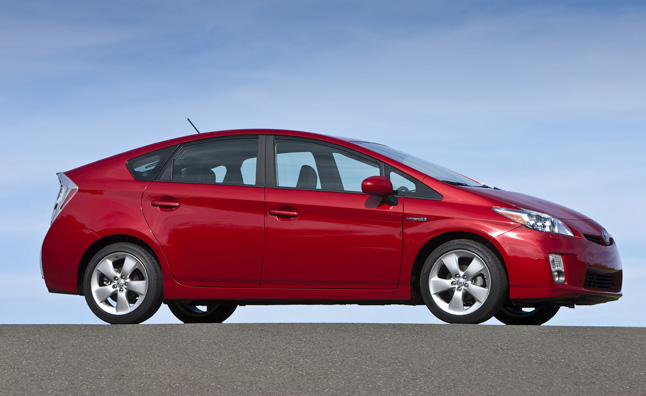 Survey: Toyota owners maintain high overall satisfaction despite recalls