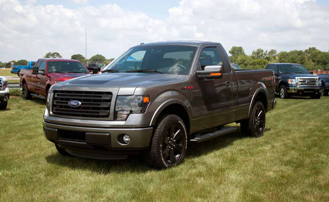 F 150 Tremor >> 2014 Ford F-150 Tremor is Flashy, But Don't Call it a Lightning: Live Photo Gallery » AutoGuide ...