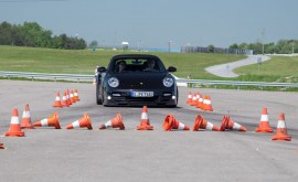 Porsche-World-Roadshow-braking