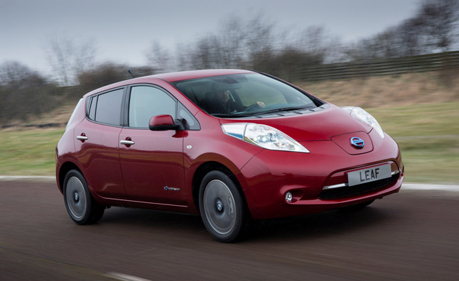 nissan leaf demand outpacing supply news. Black Bedroom Furniture Sets. Home Design Ideas