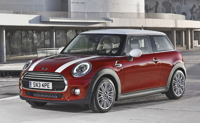 2014 mini cooper revealed same look less mini news. Black Bedroom Furniture Sets. Home Design Ideas