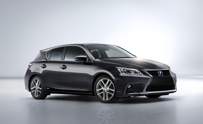 2014 lexus ct200h gets updated look same price the lexus ct200h has