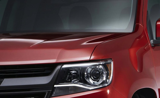 Chevy pondering Colorado ZR2; manual transmission confirmed for base ...
