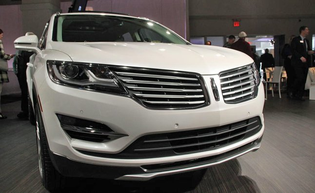2015 lincoln mkc video first look mercedes benz forum for Mercedes benz lincoln