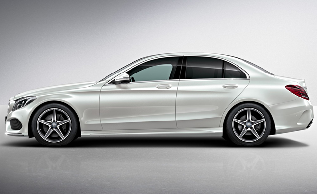 2015 Mercedes C Class Gets Curvy New Curb Appeal