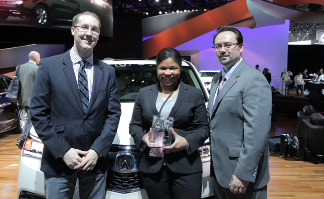 2014 autoguide utility vehicle of the year colum wood jan moore lee dasilva