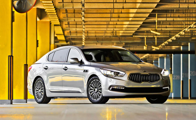 The Kia K900 is the brand's flagship luxury sedan that is platform