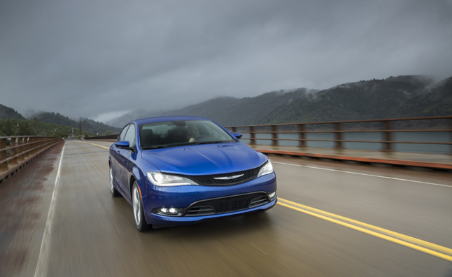 2015 chrysler 200 v6 awd rated at 22 mpg combined autoguide com news
