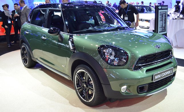 2015 mini countryman makes ny debut mercedes benz forum. Black Bedroom Furniture Sets. Home Design Ideas
