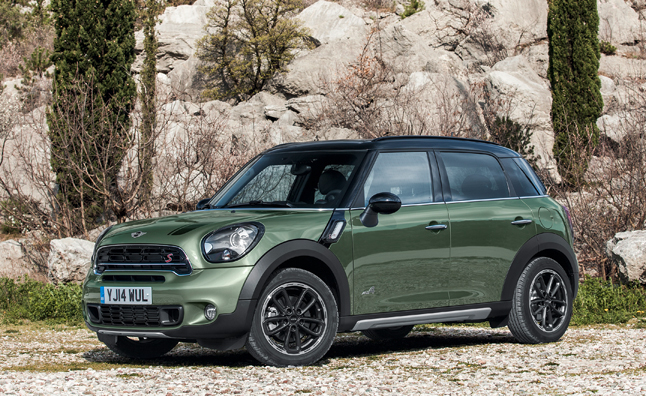 2015 mini countryman revealed before new york debut news. Black Bedroom Furniture Sets. Home Design Ideas