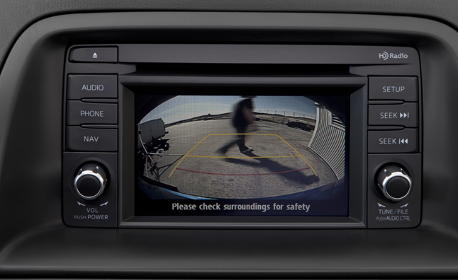 Back Up Camera Law - Automakers Call For Changes To Rearview Camera Law