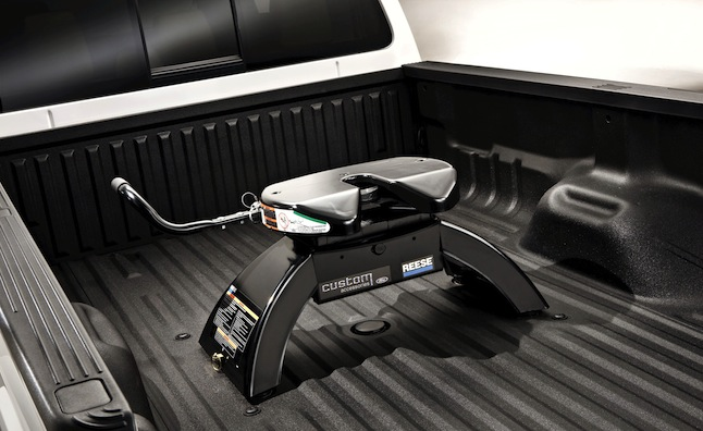 Fifth Wheel Hitches For Short Bed Trucks Near Me