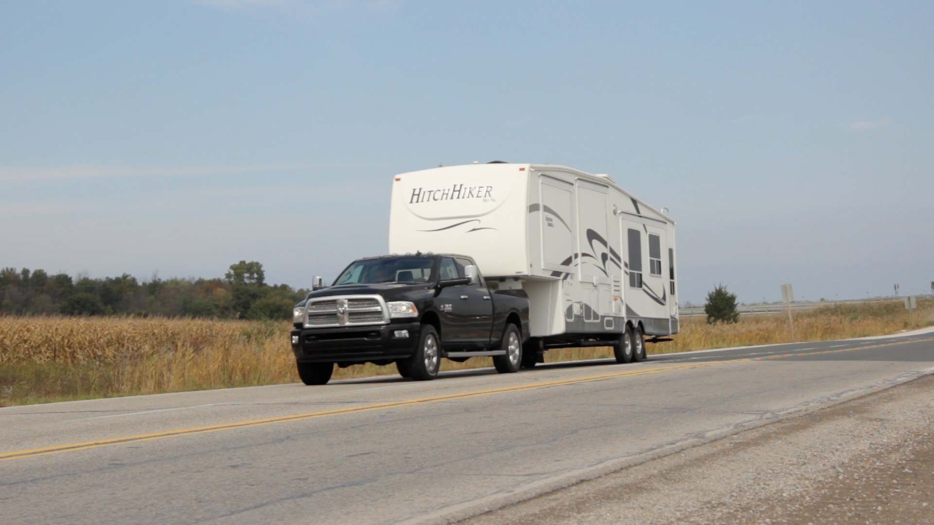 F250 Truck Camper >> What to Know Before You Tow a Fifth-Wheel Trailer » AutoGuide.com News