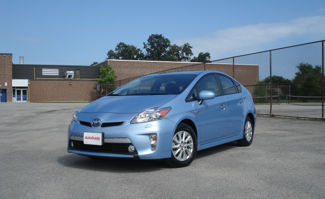 used toyota prius reviews consumer guide autos. Black Bedroom Furniture Sets. Home Design Ideas