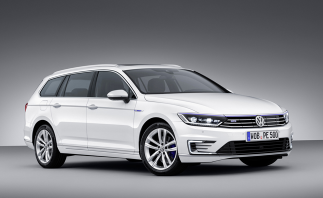 volkswagen passat gte plug in hybrid bound for paris mercedes benz forum. Black Bedroom Furniture Sets. Home Design Ideas