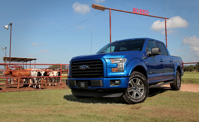 2015 ford f 150 rolls off production line today news. Black Bedroom Furniture Sets. Home Design Ideas