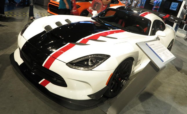 dodge viper acr concept video first look news. Black Bedroom Furniture Sets. Home Design Ideas