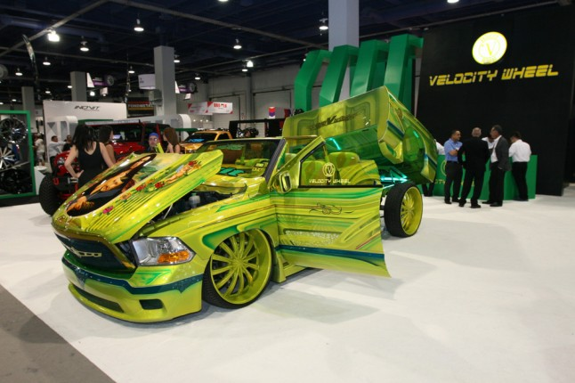 Top 10 Craziest Paint Jobs Of Sema 187 Autoguide Com News
