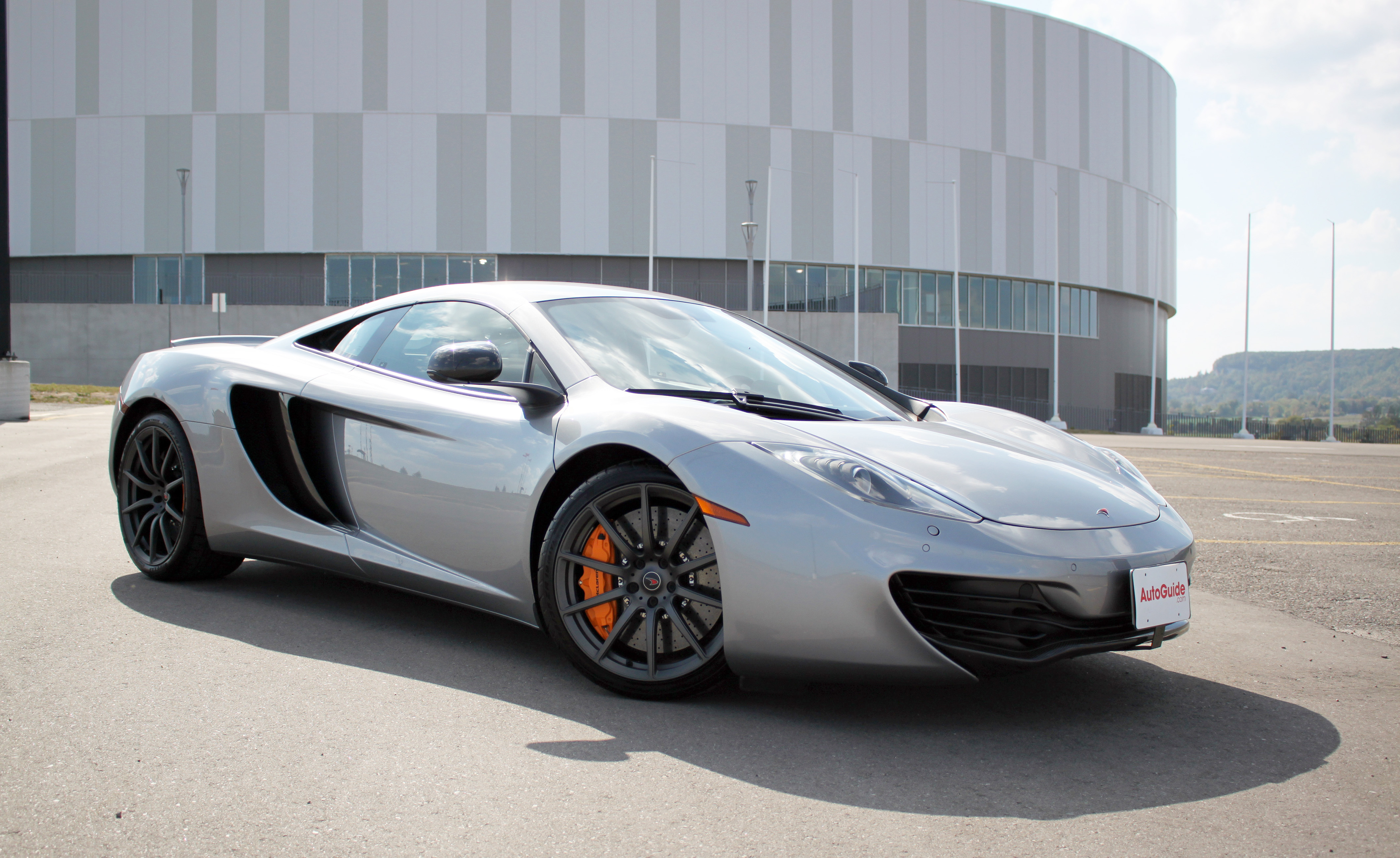 mclaren mp4-12c review: what's it like to drive a 5-year-old