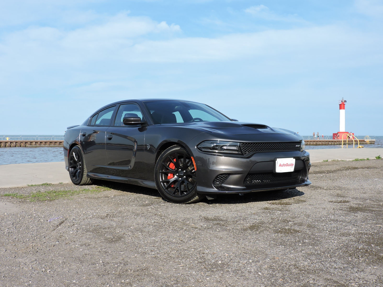 2015 dodge charger srt hellcat is baby 39 s first ride. Black Bedroom Furniture Sets. Home Design Ideas