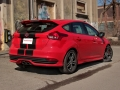 2015-Ford-Focus-ST-16
