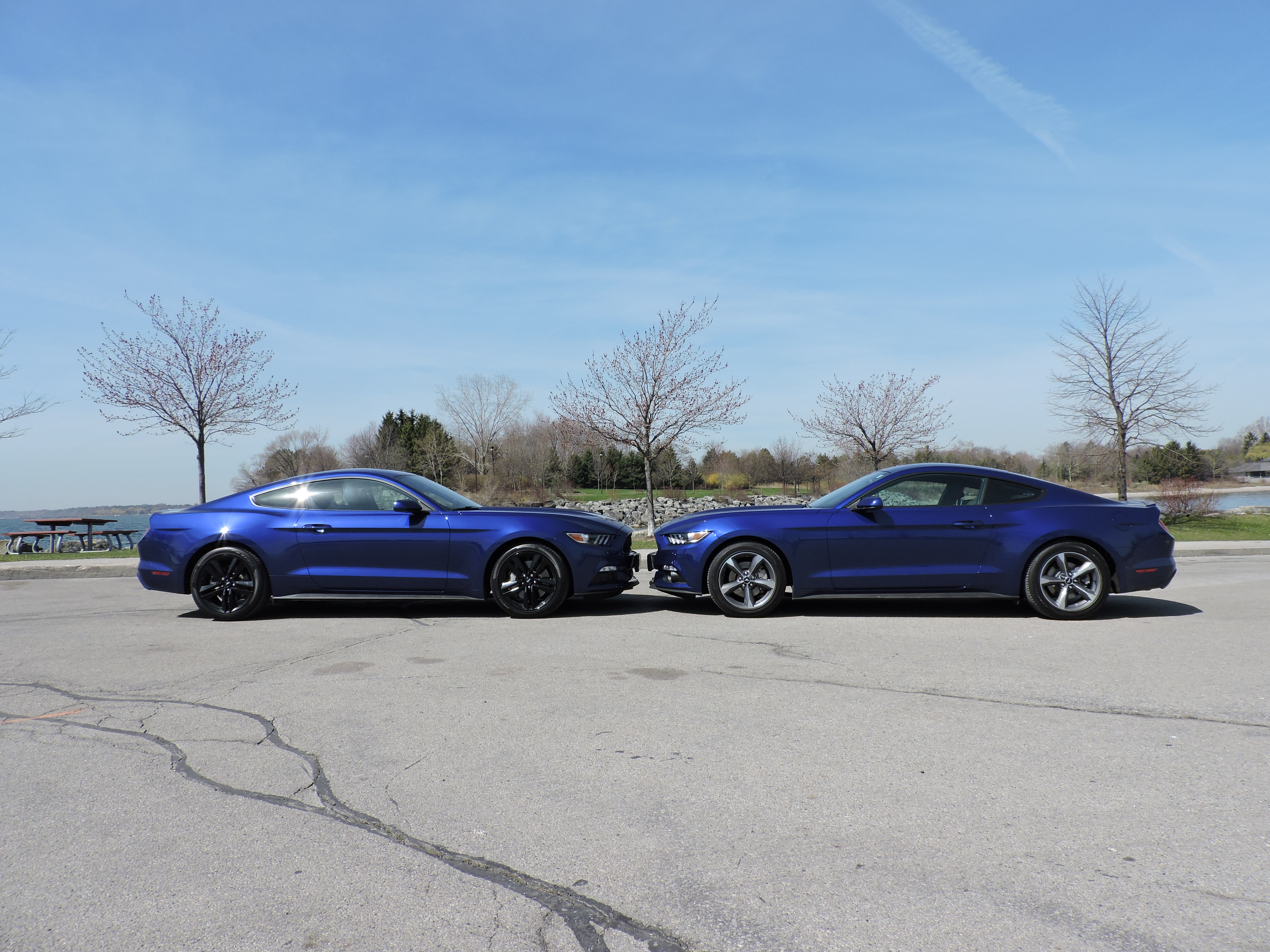 2015 Ford Mustang V6 vs Ford Mustang EcoBoost - AutoGuide com