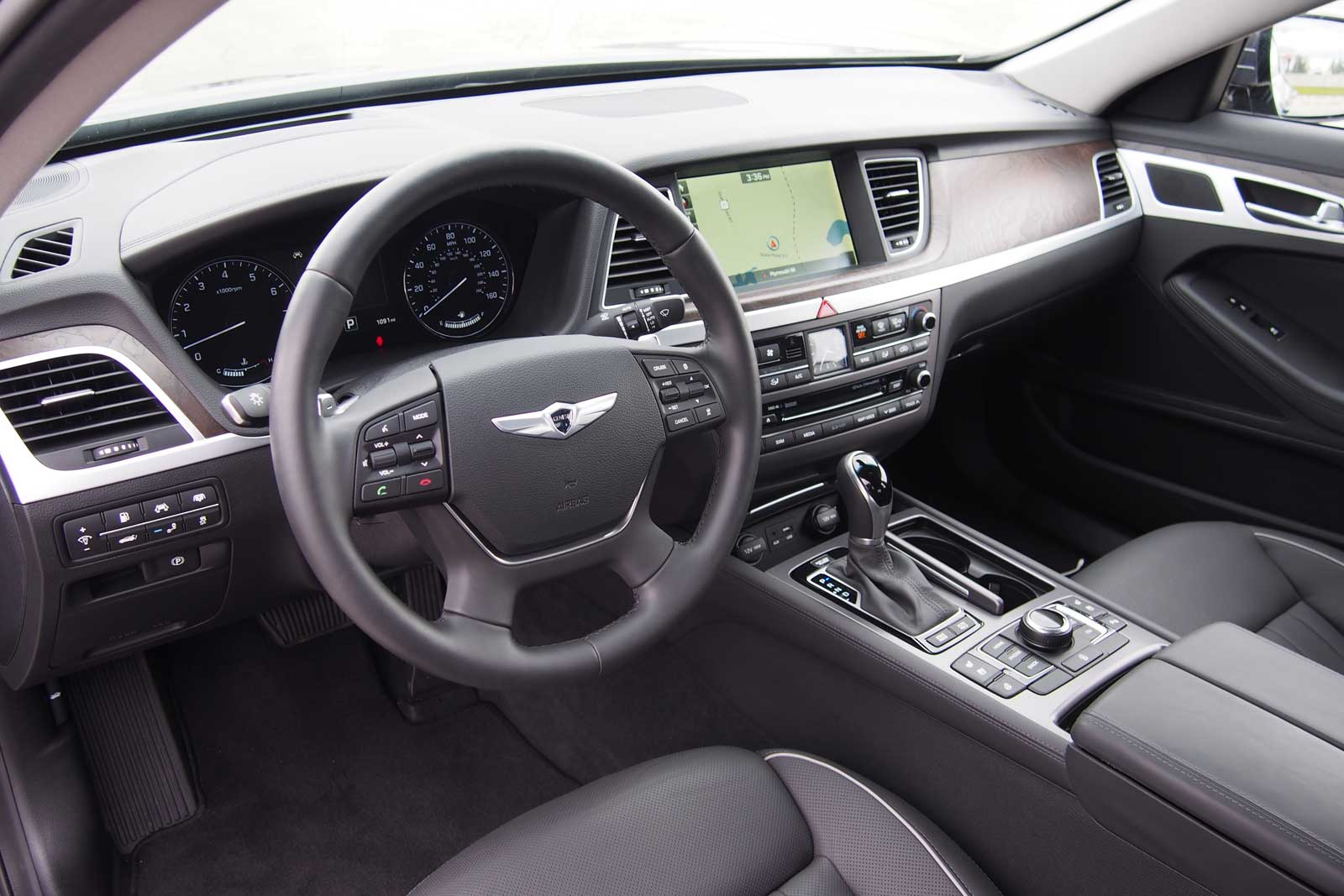 ... 2015 Hyundai Genesis AWD Interior 01 ... Good Ideas