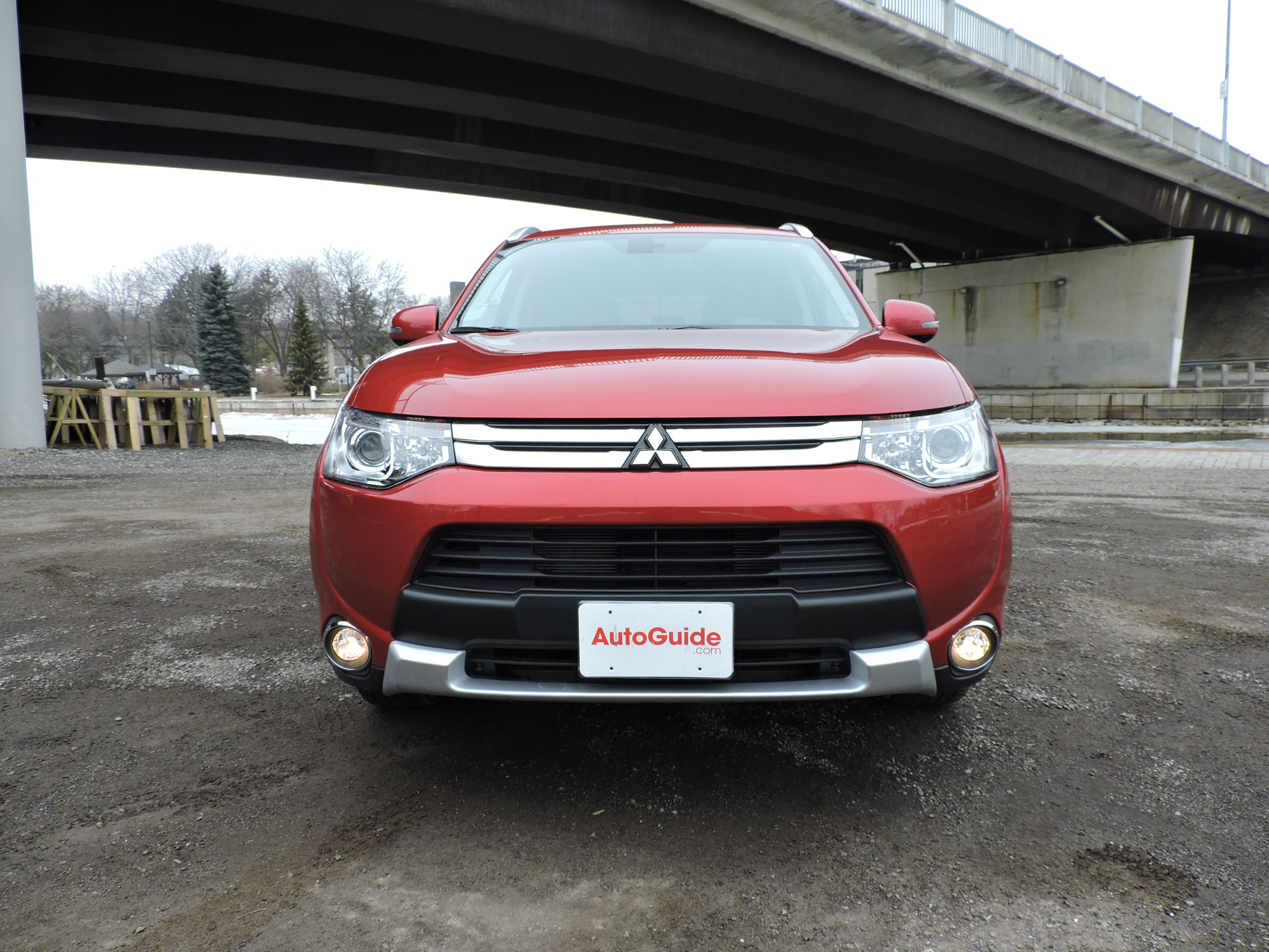 hightech mitsubishi tech high safety se style sport outlander blog seven for june standard and having htm seating
