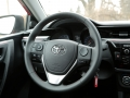 2015-Toyota-Corolla-steering-wheel