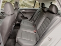 2015-vw-golf-rear-seats