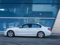 2016-bmw-330e-iperformance-12