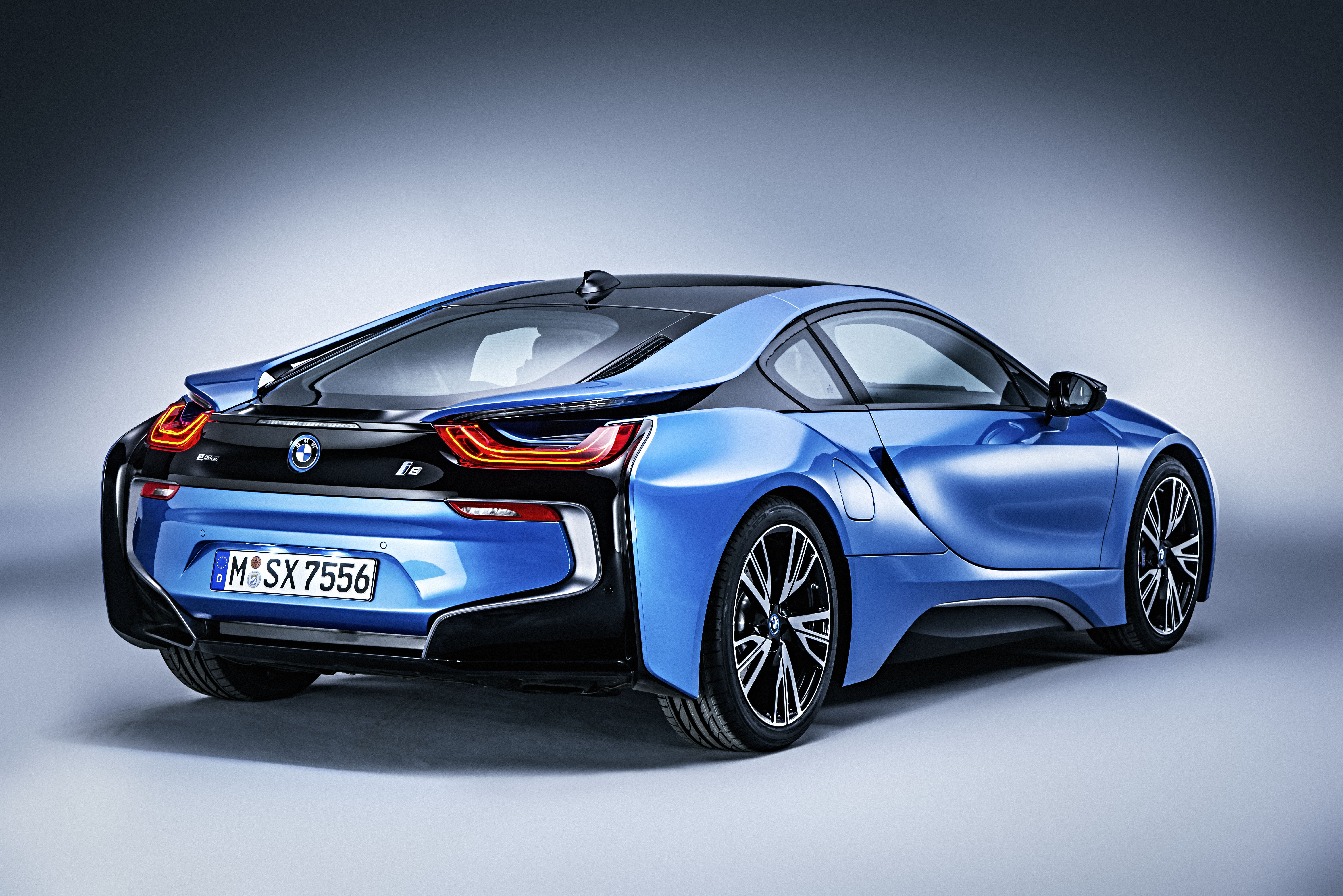 Feature Focus A Look At The 2016 Bmw I8 S Hybrid Powertrain