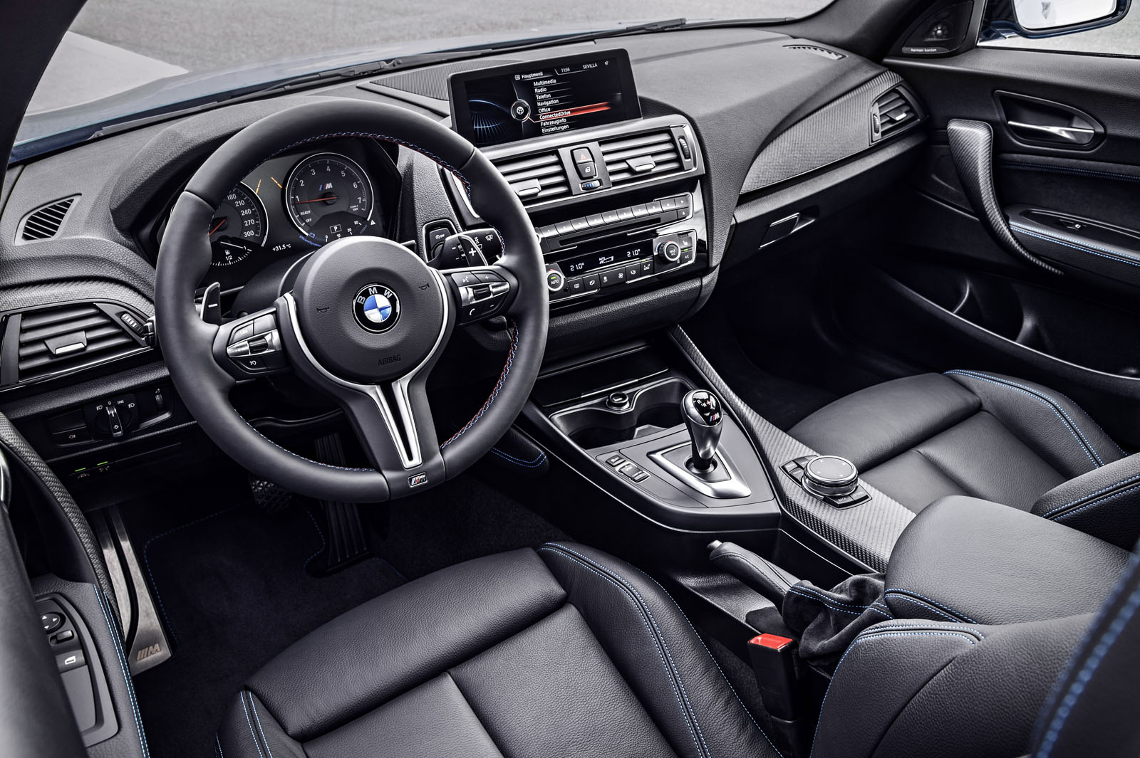 2016 BMW M2 Review 27