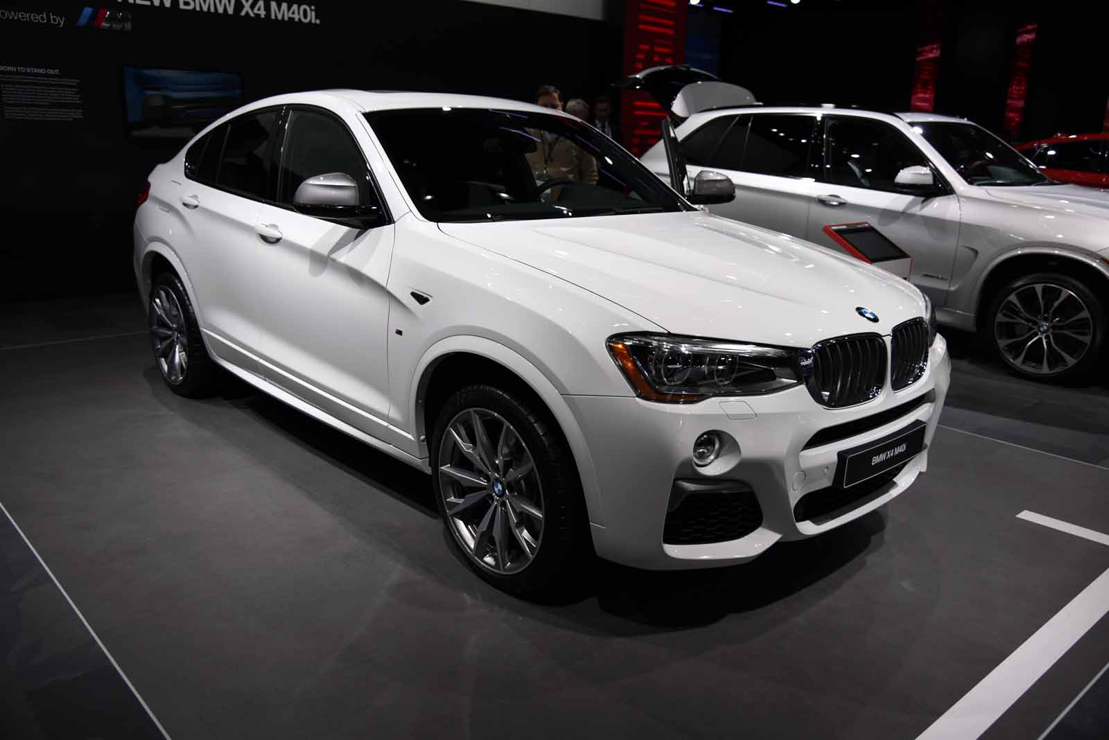 BMW X4 M40i Arrives as a Sporty SUV with 355 HP