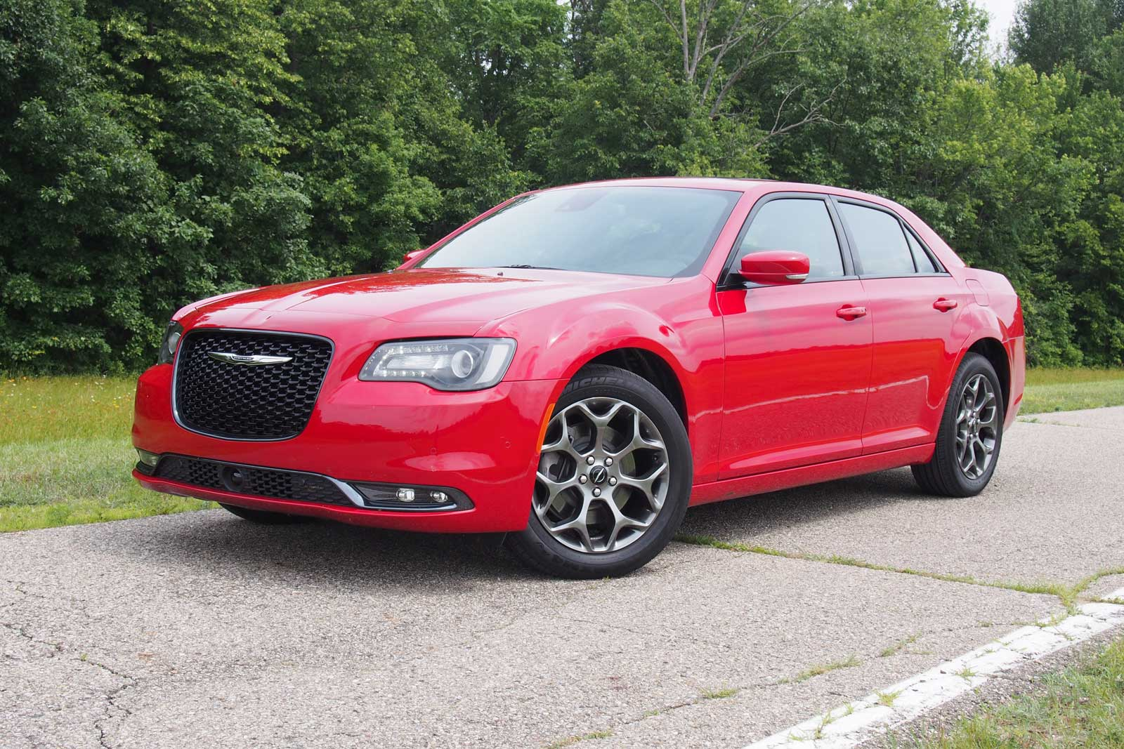 2016 Chrysler 300s Awd Review Autoguide Com