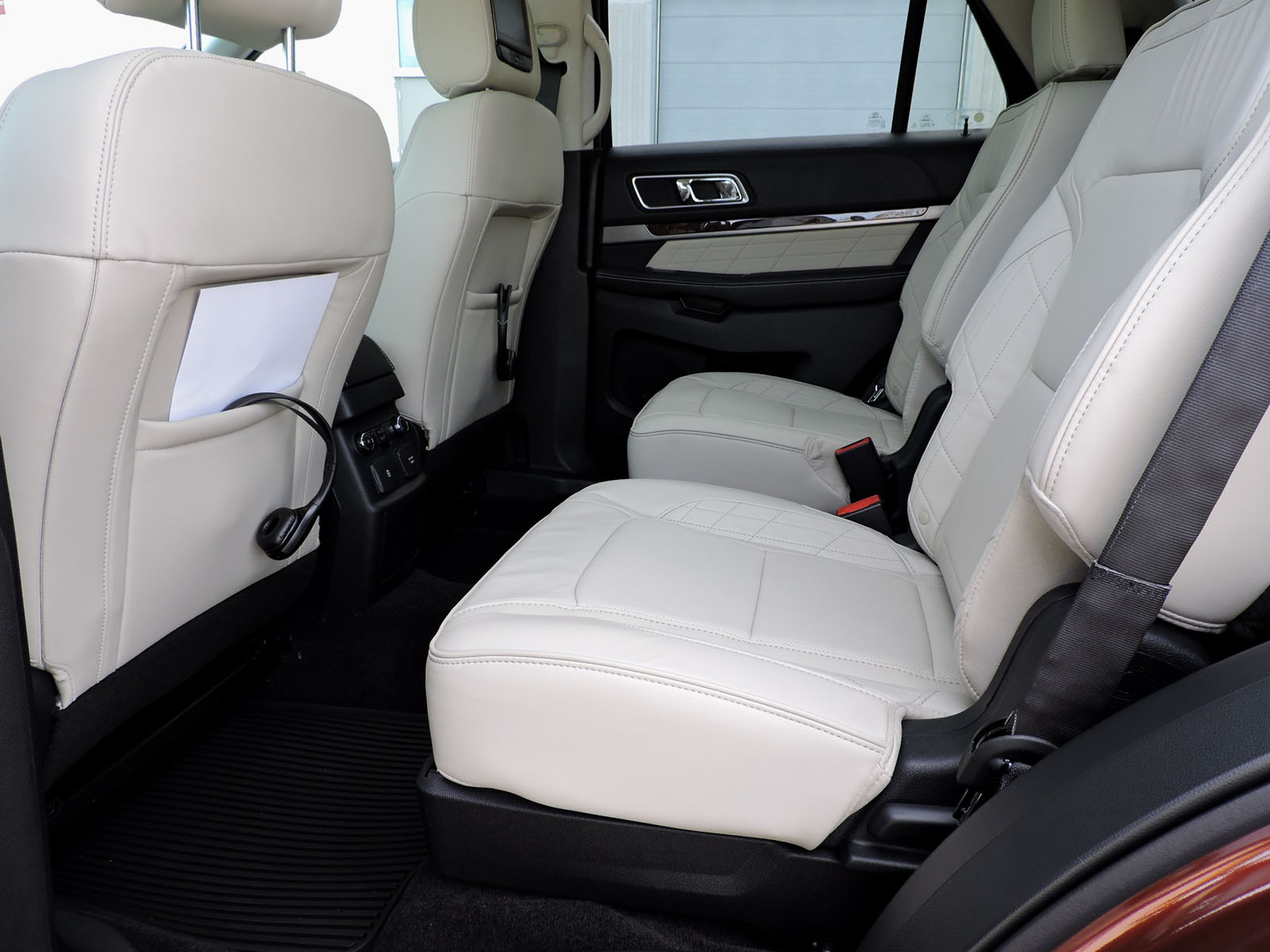 Ford Explorer With Captain Chairs amp Seating