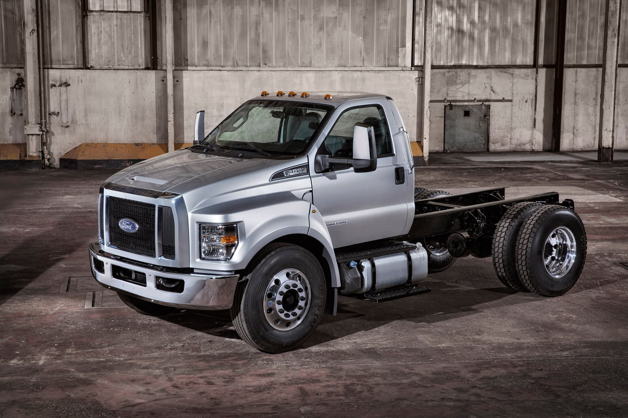 Volkswagen New Truck >> Ford F-650, F-750 Medium-Duty Trucks Revealed » AutoGuide ...