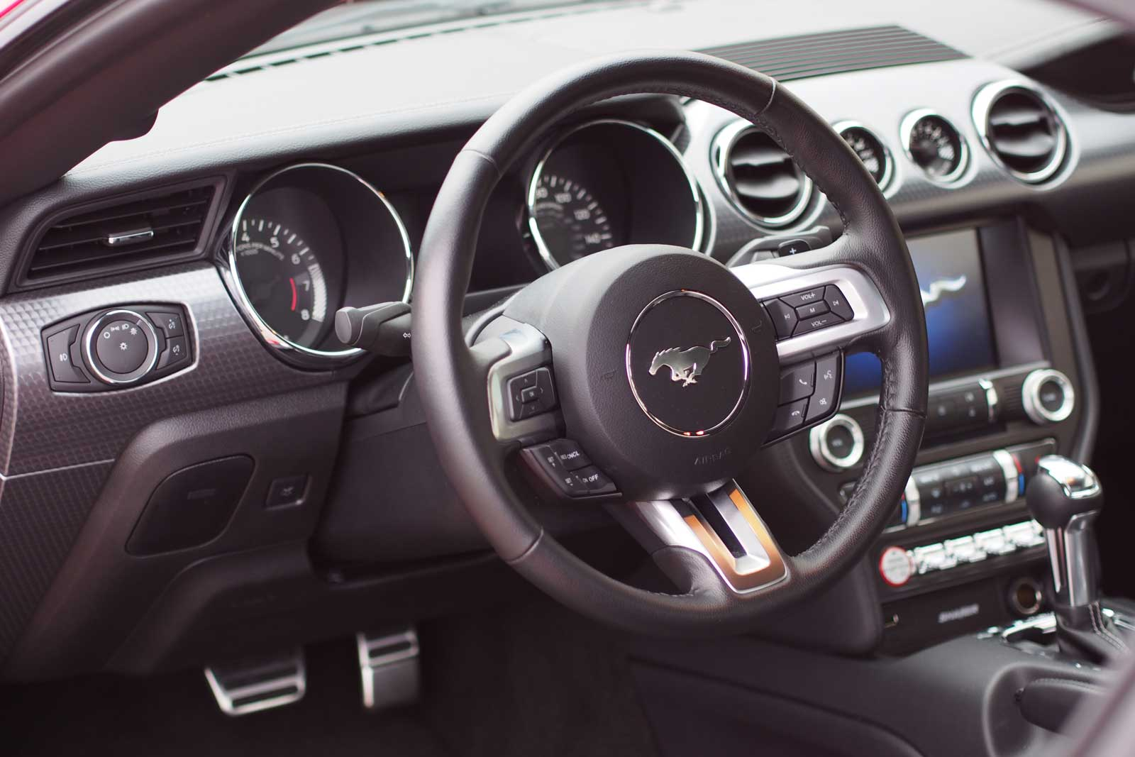 2016 Ford Mustang Ecoboost Interior 01