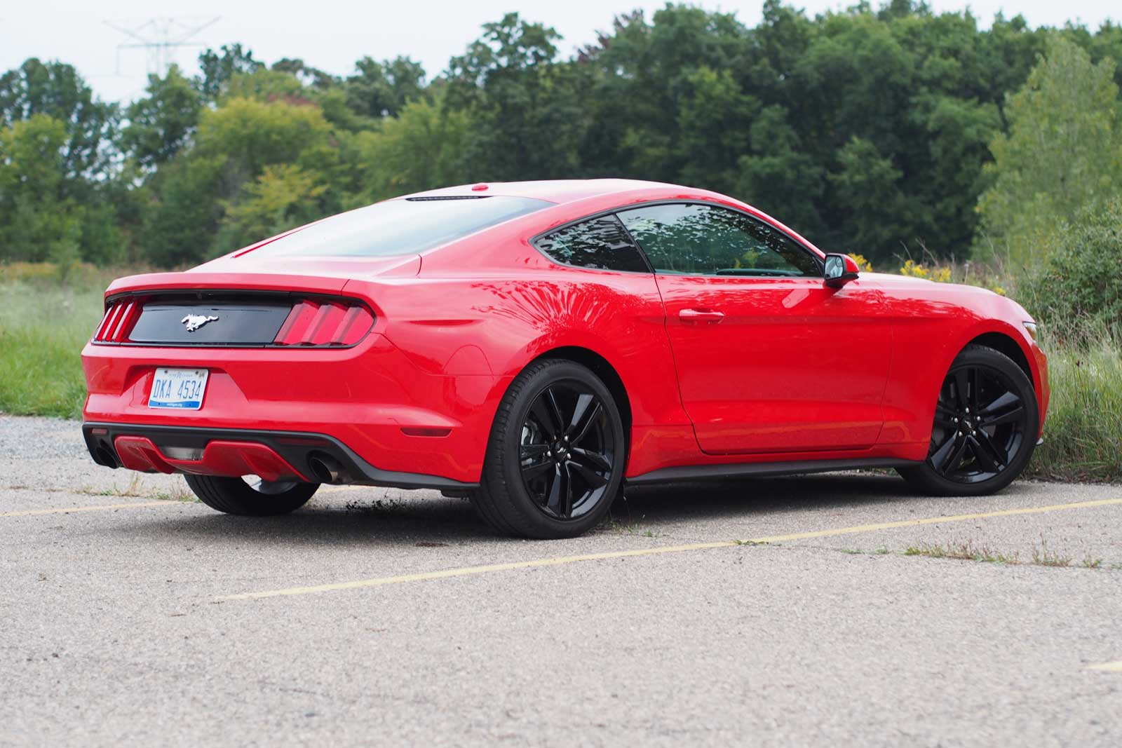 2016 ford mustang ecoboost rear 02