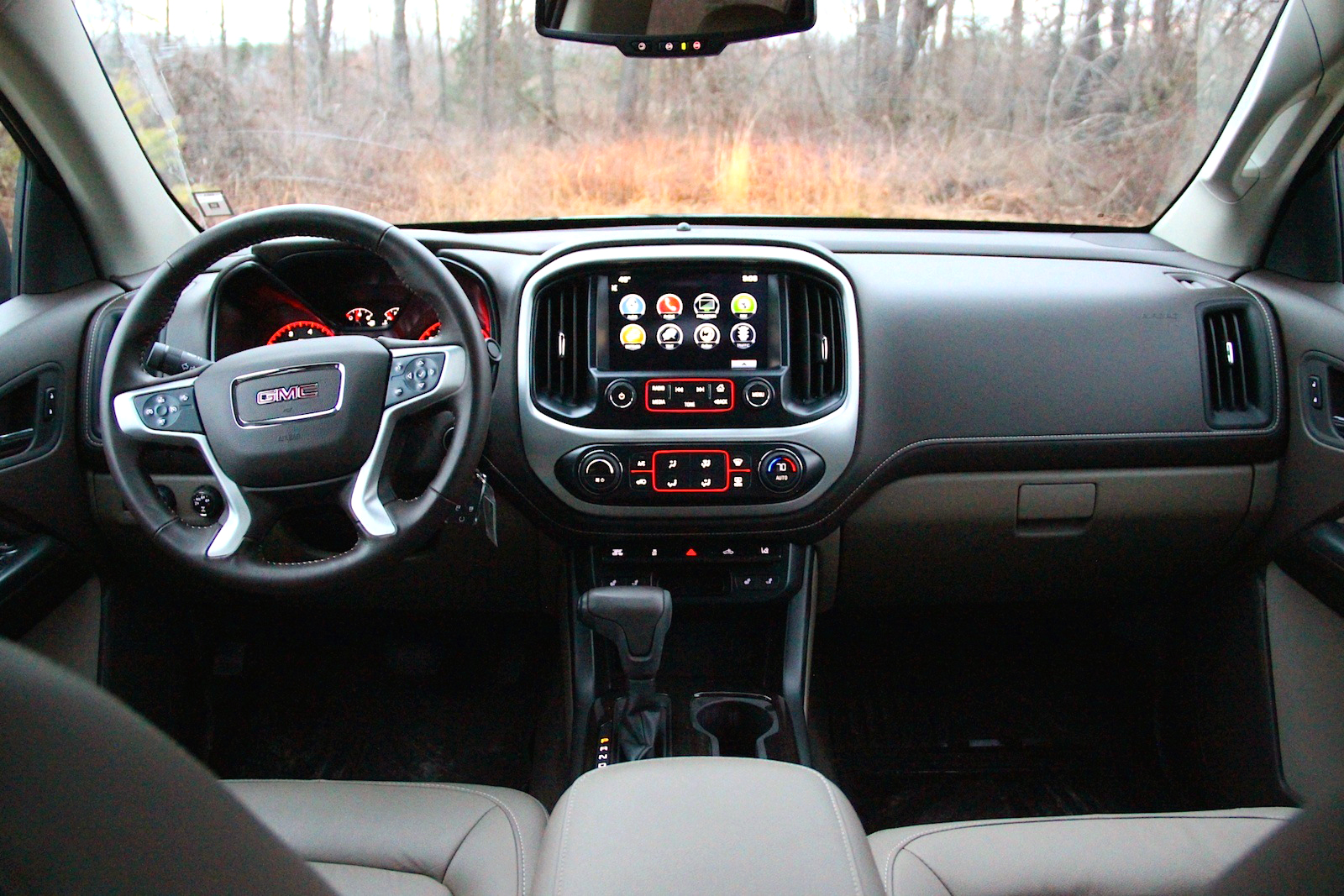 ... 2016 GMC Canyon Interior ...