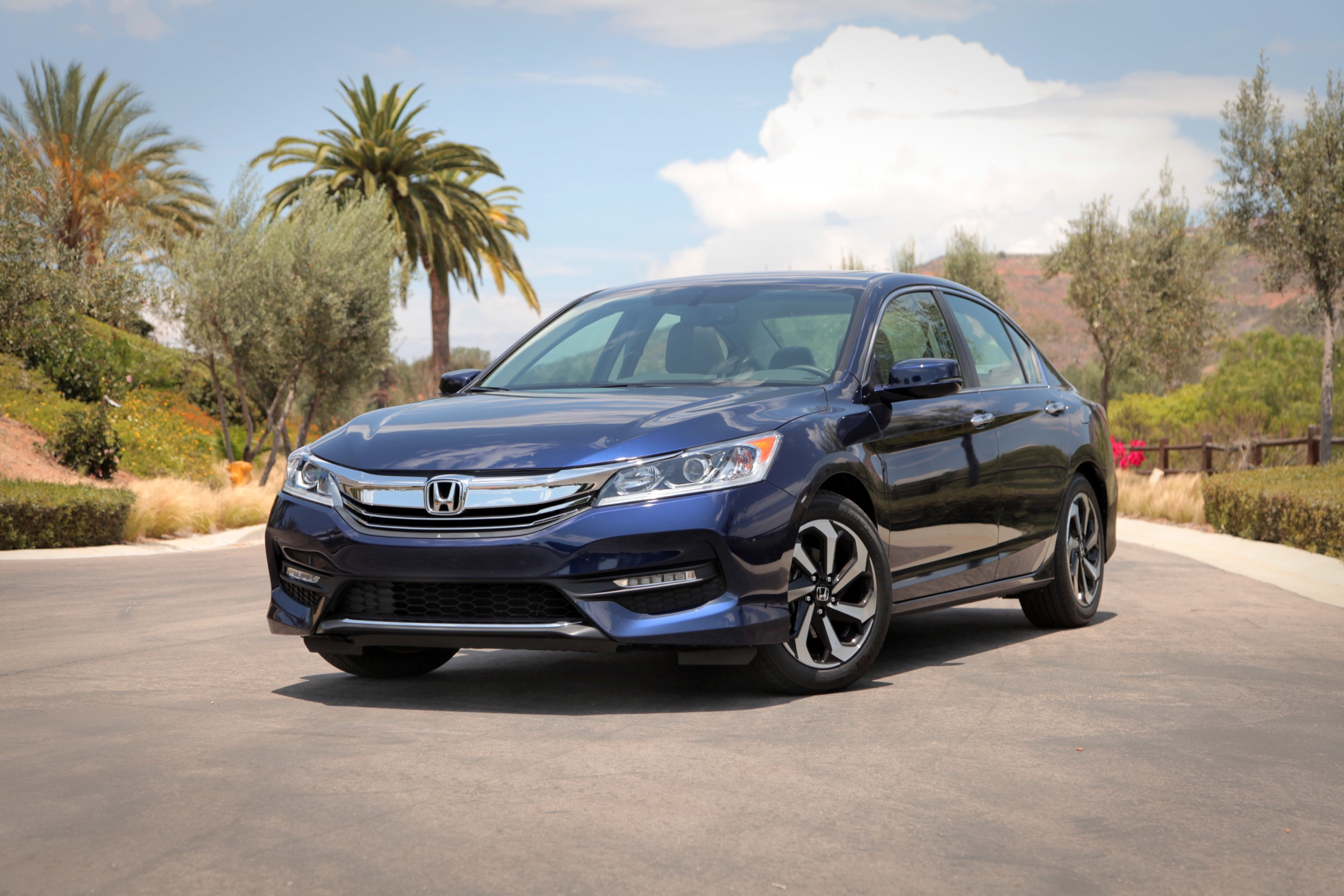 2016 Honda Accord Review AutoGuide