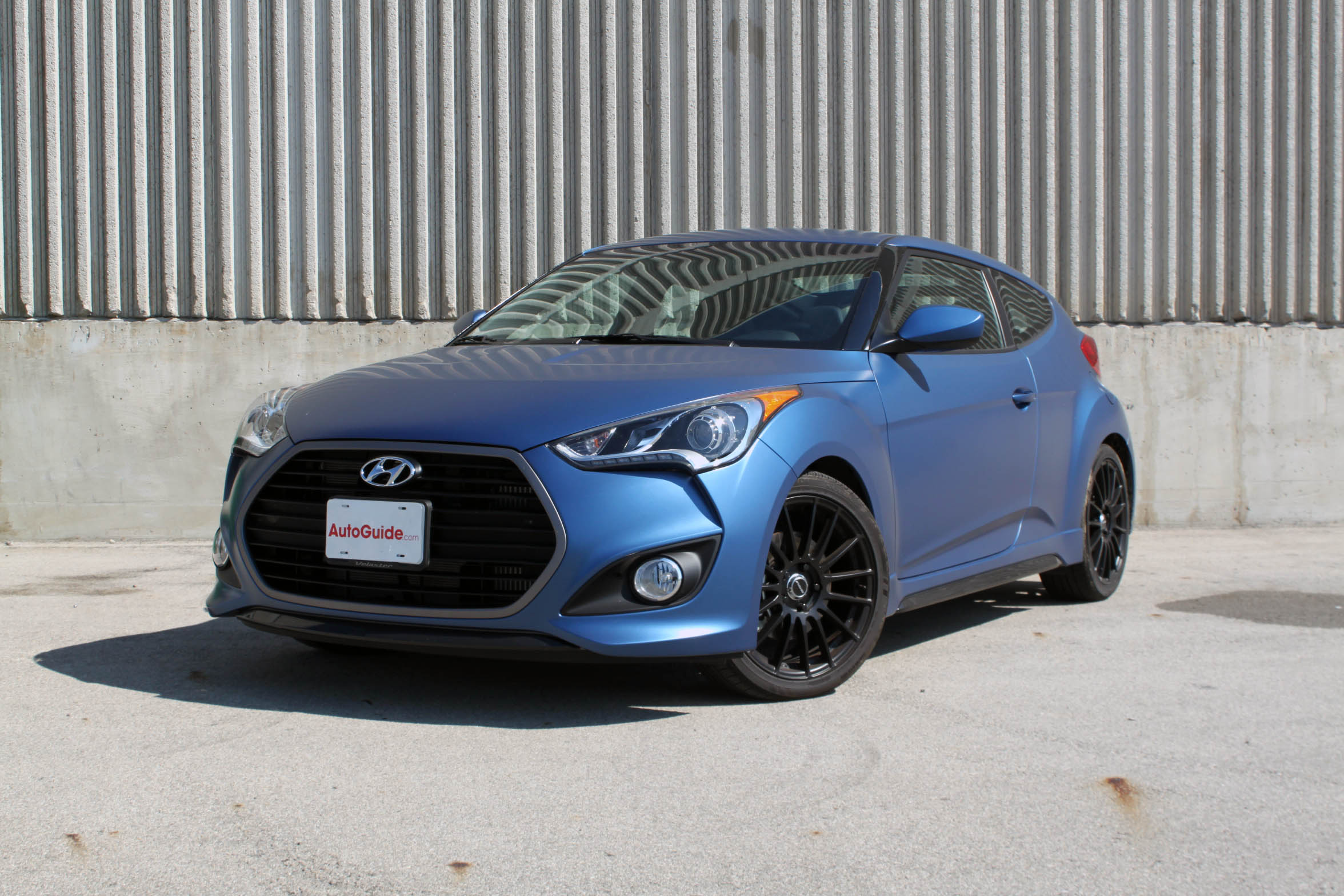 2016 Hyundai Veloster Turbo Rally Edition Review - AutoGuide.com