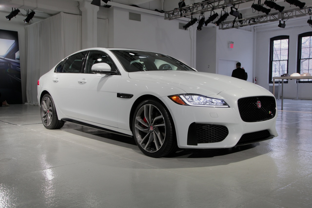 2016 Jaguar Xf Is Light On Weight Heavy Tech