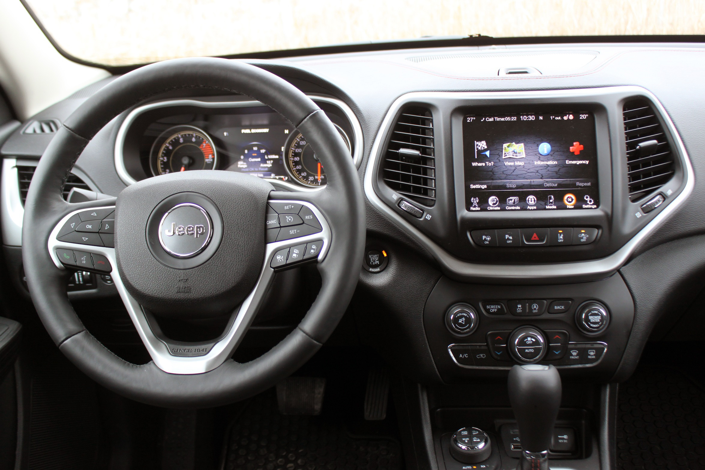 2016 Jeep Cherokee Trailhawk Review 2
