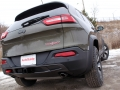 2016-Jeep-Cherokee-Trailhawk-Review-14