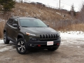 2016-Jeep-Cherokee-Trailhawk-Review-28