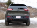 2016-Jeep-Cherokee-Trailhawk-Review-9