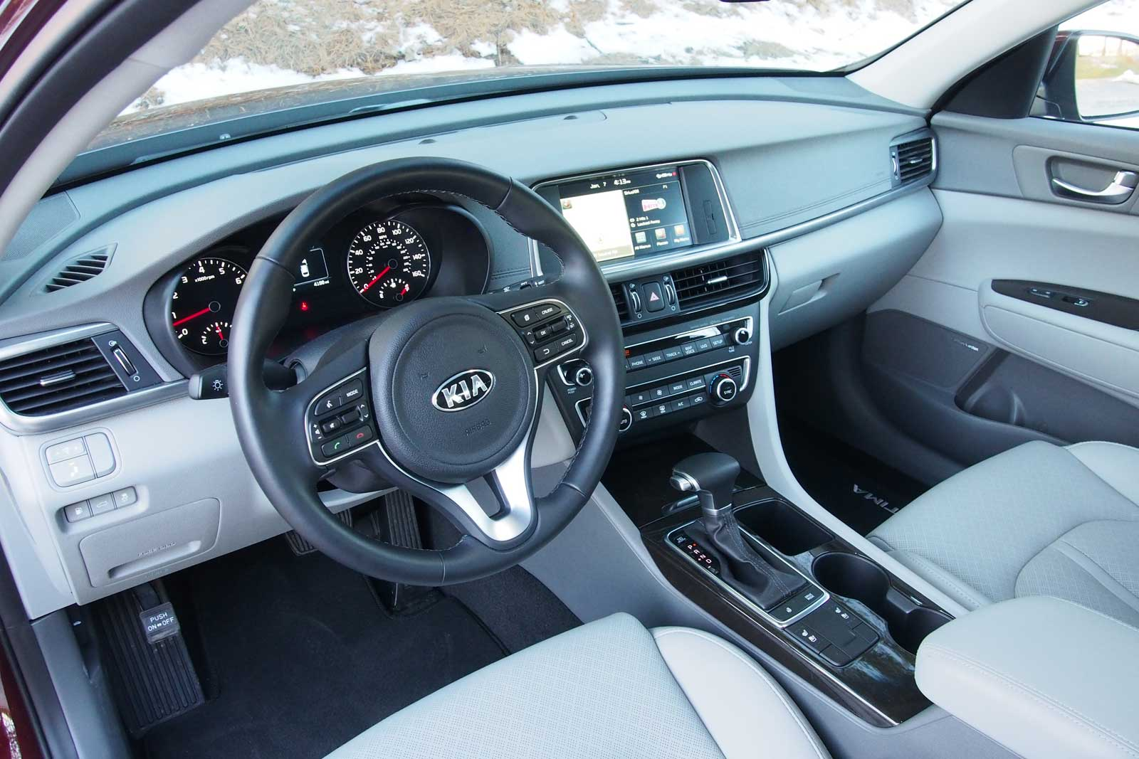 ... 2016 Kia Optima Interior 01 ...